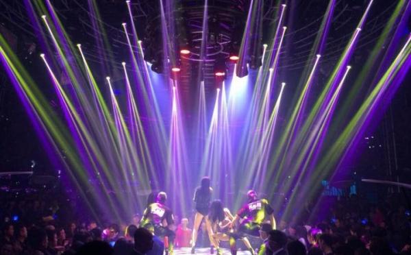 ANGLER特效设备辉耀锦路之深圳RAVE PARTY热舞派对酒吧(KFZ-1600传送者效果实例)